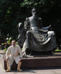 Patron szkoły Jan Kochanowski - pomnik w Radomiu